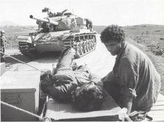 October war Yom Kippur war حرب اكتوبر Israel wounded soldier October War, Tank Warfare, British Armed Forces, Yom Kippur, Jewish History, Armored Fighting Vehicle, Battle Tank, Big Guns, Military Equipment