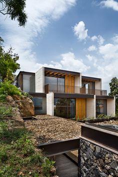 Gallery of Tucán House / Taller Héctor Barroso - 1