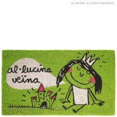 """Laroom - Felpudo verde """"al.lucina veïna"""" suela vinilo - Laroom dissenya i fabrica productes per a la llar i la vida - www.laroom.com"""