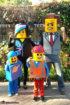 The Lego Movie Family Costumes - 2014 Halloween Costume Contest via @costume_works