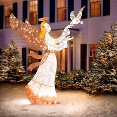 Our Ombre Mesh Angel with Dove Lighted Outdoor Christmas Decoration sets a serene scene in your yard or home.This beautiful angel is gently encouraging a white dove with an olive branch collar to fly. What a lovely sentiment in a Christmas decoration. Diy Christmas Lights, Christmas Yard Decorations, Xmas Lights, Decorating With Christmas Lights, Felt Christmas Ornaments, Christmas Angels, Christmas Holidays, Holiday Decor, Christmas Centerpieces