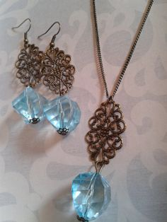 Items similar to Antique gold colour pendent with big blue bead, necklace and earrings on Etsy Gold Colour, Color, Jewelry Party, Blue Beads, Antique Gold, Jewelry Design, Pendant Necklace, Antiques, Big
