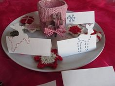 Craft Christmas Cards with printable free for foldable greeting cards, upright format, normal size, and matching place cards to have perfect selfmade Christmas invitations and homemade table decorations. Christmas Place Cards, Christmas Card Crafts, Homemade Christmas Cards, Tea Light Candles, Tea Lights, Homemade Tables, Christmas Invitations, Before Christmas, Greeting Cards