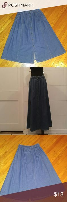 "Vintage Blue Jean Denim Skirt. Size Large Vintage Blue Jean Denim Skirt.  7 Button Front Closure..you control leg exposure Elastic Back Waist 2 Deep Front Pockets Buttons Etched with Name Soft Pleated Front. Total Length: 35"" Free Hips. Waist: stretches 30"" to 36"" Label: Classic Elements Size 14 on label..please see Above for exact Measurements. Very Nice Condition ! vintage Skirts A-Line or Full"