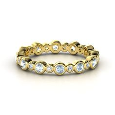 14K Yellow Gold Ring with Aquamarine & Diamond.  Want,  need, want need. NEED