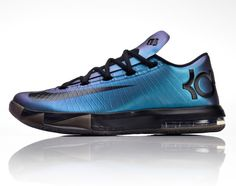 """Invisibility Cloak style, Nike iD has added a """"chroma"""" (iridescent) option to the KD VI. The build adds a color changing quality to the look of the sneaker Kd Shoes, Nike Free Shoes, Sock Shoes, Me Too Shoes, Running Shoes, Shoes Jordans, Running Gear, Air Jordans, Nike Id"""