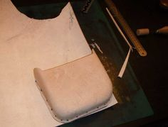Making a wet formed bag. A tutorial Leather Pencil Case, Leather Belt Bag, Leather Tooling, Circle Drawing, Nails First, Bone Folder, Jewelry Tools, Leather Projects, Leather Craft
