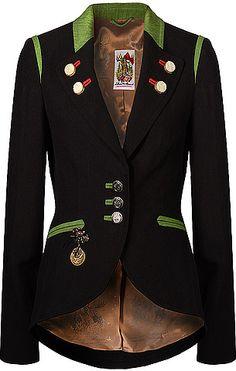 Taillierter Trachten-Blazer aus der Lollipop & Alpenrock Kollektion von Lola Paltinger Couture in Schwarz.