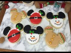 Hey everyone, here are some super cute Mickey holiday cookies!! These are easy to make & perfect for any Disney or Mickey Mouse fan!! Hope you can give these...
