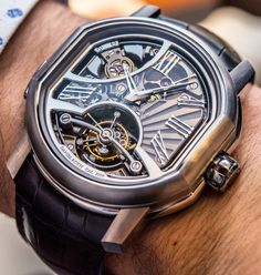 Amazing Bulgari Carillon. Bvlgari Watches, Dream Watches, The Incredibles, Mens Fashion, Photo And Video, Dapper, Clocks, Accessories, Engineering