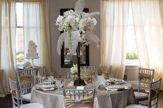 the+great+gatsby+leo+leonardo+dicaprio+baz+lurhman+wedding+black+white+gold+pearl+crystal+champagne+bride+bridal+bridesmaid+groom+groomsman+best+man+maid+of+honor+centerpiece+cake+table+dessert+candy+bar+setting+invitation+rochelle+wilhelms+17.jpg 900×600 pixels