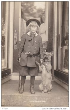 RP: Buster Brown & Tige [dog} models , C.H. Moore---The Shoeman , SPRINGFIELD , Vermont , 00-10s ; Bustyer Brown Shoes & Item number: 284624029  - Delcampe.com
