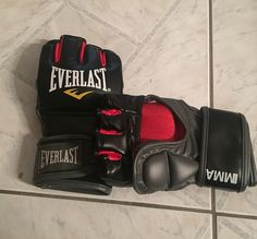 New one... Ready to fight.  #mma #training #boxing #withmygirl #everlast #gloves #österreich #patriot #austria #austrian #happy #bodycult #BeFitGuys #nopainnogain #muscles #myprotein #traintogether #judo #technique #fighting #fun #sport by obisjulian