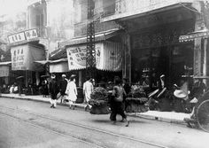 Exploring Saigon and Beyond - This Is What Life In Vietnam Looked Like 100 Years Ago Saigon Vietnam, Visit Vietnam, Vietnam History, Indochine, Rare Pictures, France, Hanoi, What Is Life About, Vintage Photographs