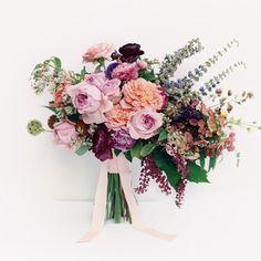 #wedding #bouquet #flowerpower #floraldesign #colors #scent #fleur #sartoriafloreale