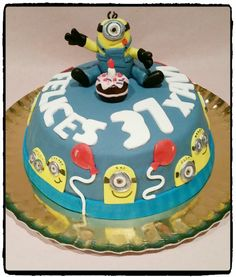 Minion cake de los dulces de judy