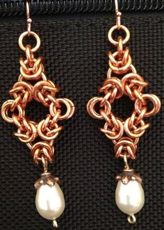 Pearl and Copper Chain Maille Earrings Chainmaillers by LABweorc