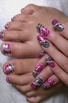 45 Glamorous Bling Nail Art Designs For 2017 Bling Nail Art, Toe Nail Art, Bling Nails, Acrylic Nails, Bling Bling, Sexy Nails, Hot Nails, Fancy Nails, Hair And Nails