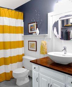 Полотенца и диспенсеры для мыла в тон. Необязательно, чтобы рисунок совпадал, главное — чтобы цвета сочетались. И кстати, нигде не сказано, что аксессуары для ванной комнаты могут быть только белыми и голубыми.