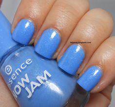 Essence Snow Jam Goofy-Blue