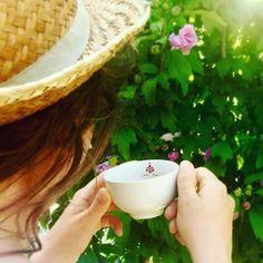 Boire du thé chaud quand il fait chaud ? Un des secret des touaregs pour…