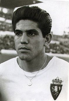 """Juan Roberto Seminario Rodríguez (born 22 July 1936 in Piura, Peru) is a retired Peruvian football player, recognized as one of Peru's most important strikers. Nicknamed """"El Loco"""" he is the only Zaragoza player to have won the """"Pichichi Trophy"""" (1961–62 La Liga).[1]  He played for several clubs, notably Spanish clubs Real Zaragoza and FC Barcelona, Sporting CP of Portugal, as well as Italian club Fiorentina. He also won the Inter-Cities Fairs Cup 1965-66 with FC Barcelona."""