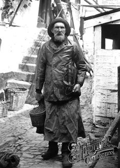 """Fisherman, Henry Kitchen 1906, Newlyn. Looks like """"The Old Fisherman"""" from Hemingway's book."""