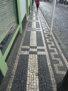 Calçada Portuguesa em Angra do Heroísmo - JL