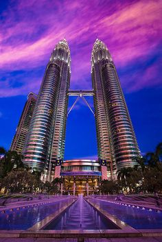 purple haze, Petronas tower Bandar Kuala Lumpur, Kuala Lumpur, Kuala Lumpur, MY