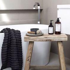 Bathroom styling 101 ✔️via @immyandindi #Propertystyling #bathroom #design…