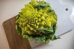 Romanesco cauliflower | Vegetarian | Pitsiniekka Broccoli, Cauliflower, Vegetarian, Vegetables, Cooking, Food, Kitchen, Cauliflowers, Essen