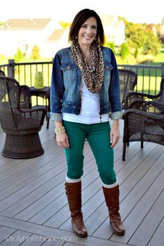 Fall Outfit: emerald green skinnies, cognac riding boots, denim jacket and leopard scarf Comfortable Fall Outfits, Casual Outfits For Teens, Casual Winter Outfits, Mom Outfits, Casual Dressy, Office Outfits, Casual Fall, Fashion For Women Over 40, Leggings