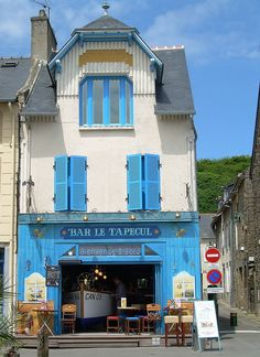 "#Bretagne #France  ................. #GlobeTripper® | https://www.globe-tripper.com | ""Home-made Hospitality"" | http://globe-tripper.tumblr.com"