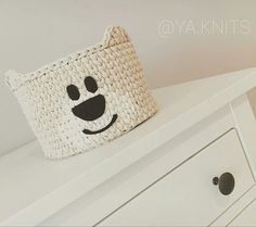 Esse urso ficou charmoso  demais!!!!@ya.knits . #inspiration #inspiração #cestatrapillo #cestofiodemalha #fiosdemalha #trapillo #yarn #crocheteiras #crochet #crocheting #crochetlove #crochetingaddict #croche #yarnlove #yarn #knitting #knit #penyeip #craft #feitoamao #handmade #croche #croché #crochê #croshet #penyeip #вязаниекрючком #uncinetto #かぎ針編み #instagramcrochet #totora