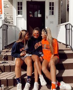 Insta pictures, bff pictures, cute photos, poses for pictures, friends are Cute Friend Pictures, Friend Photos, Cute Photos, Bff Pics, Picture Poses, Photo Poses, Shooting Photo Amis, Best Friend Fotos, Foto Top