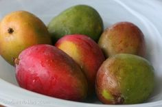 how to Pick and Cut a Mango