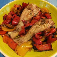 Tè verde e pasticcini: { Pollo } - Fusi speziati al forno con peperoni e cipolla rossa di Tropea