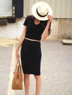 Black... always so perfect. and the hat - always remember your signature style.