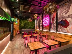 Restaurant design specialist, Faber, has completed the design for Thai Express 's new flagship store in Birmingham city centre. Coffee Shop Interior Design, Pub Design, Coffee Shop Design, Retail Design, Resturant Interior, Restaurant Interior Design, Outdoor Restaurant, Modern Restaurant, Thai Restaurant