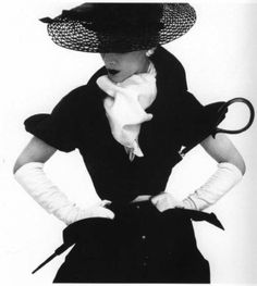 in Style From Fashion's First Supermodel, Lisa Fonssagrives Lisa Fonssagrives wearing a hat by Lilly Dache. Photographed for Vogue by Irving Penn, Fonssagrives wearing a hat by Lilly Dache. Photographed for Vogue by Irving Penn, Vogue Vintage, Vintage Dior, Vintage Couture, Vintage Glamour, Vintage Black, Vintage Style, Vintage Models, Vintage Hats, 50s Glamour