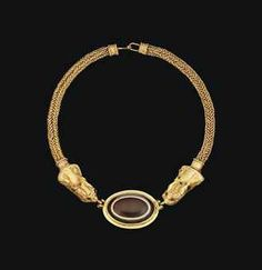 PARTHIAN GOLD AND BANDED AGATE NECKLACE  CIRCA 2ND-3RD CENTURY A.D.