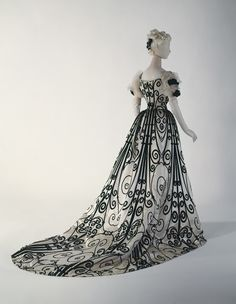 Evening dress, 1898. Beautiful B&W fabric.
