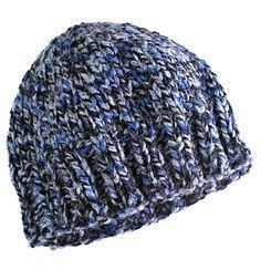 Free pattern. Quick and easy hat, knitted flat on size 10mm (U.S. size 15) with super chunky/bulky yarn.