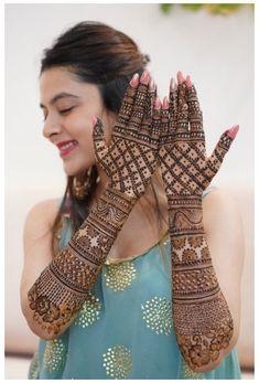 Henna Hand Designs, Wedding Henna Designs, Indian Henna Designs, Engagement Mehndi Designs, Latest Bridal Mehndi Designs, Stylish Mehndi Designs, Mehndi Designs For Girls, Beautiful Mehndi Design, Indian Wedding Mehndi