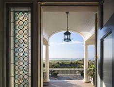 Shingle Style Home-Robert Stern Architects-03-1 Kindesign