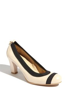 Stuart Weitzman 'Easily' Pump | Nordstrom in Wide Width! I've died and gone to shoe heaven