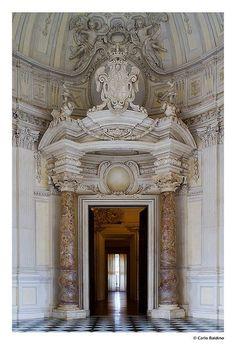 Reggia di Venaria Reale. Galleria di Diana - near Torino *Turin, Italy #Baroque 17th century palace architect Amedeo di Castellamonte  #Baroque #Interiors