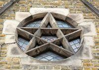 Biblioteca Esoterica: Pentagramma: quando i monumenti sono libri