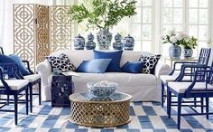 """1,287 Likes, 33 Comments - the chinoiserie collective (@thechinoiseriecollective) on Instagram: """"Bamboo & blue and white all make for a most perfect symmetrical space by  @wisteriahomedecor 💙…"""""""
