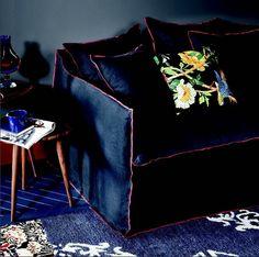 An elegant and precious armchair | Gervasoni - Ghost collection | http://www.malfattistore.it/product/ghost-11/ | #malfattistore #shoponline #designfurniture #madeinitaly #gervasoni #armchair